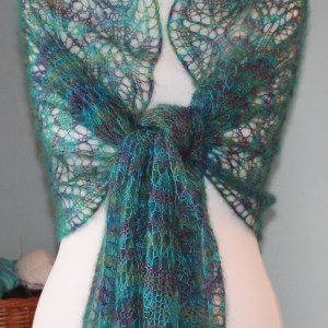 IMG 2854 - The Lace Knittery Peacock Feathers Wrap PDF download