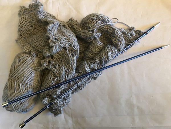 7DD20F7C 4A41 46F4 BC0B 368062FD76B3 600x453 - Knit Pro Zing 35cm straight needles
