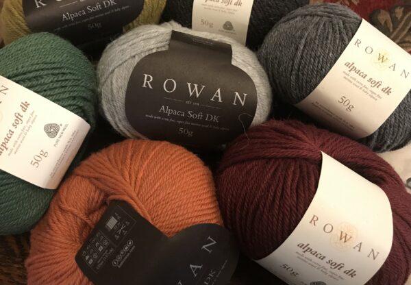 B9677DE4 7FF4 4B4E B4EA 27043A1B067C 600x416 - Rowan Alpaca Soft DK Yarn