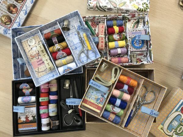 2AF95167 3950 4183 9C11 EB66801A41EF 600x450 - Sajou vintage sewing boxes