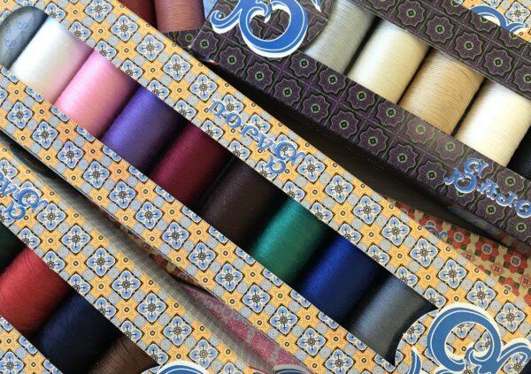 41BF4233 CDB9 4A1E 80F7 30DA42979A03 600x423 - Sajou thread sets
